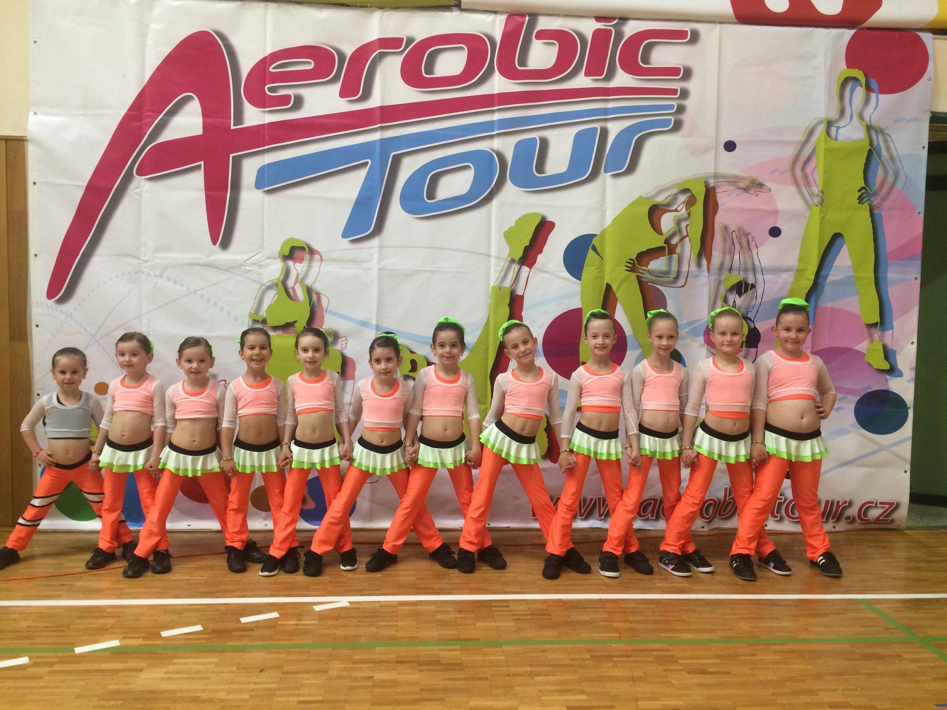 Aerobik ZŠ Kunovice má za sebou další dvě základní kola soutěže Aerobic Tour