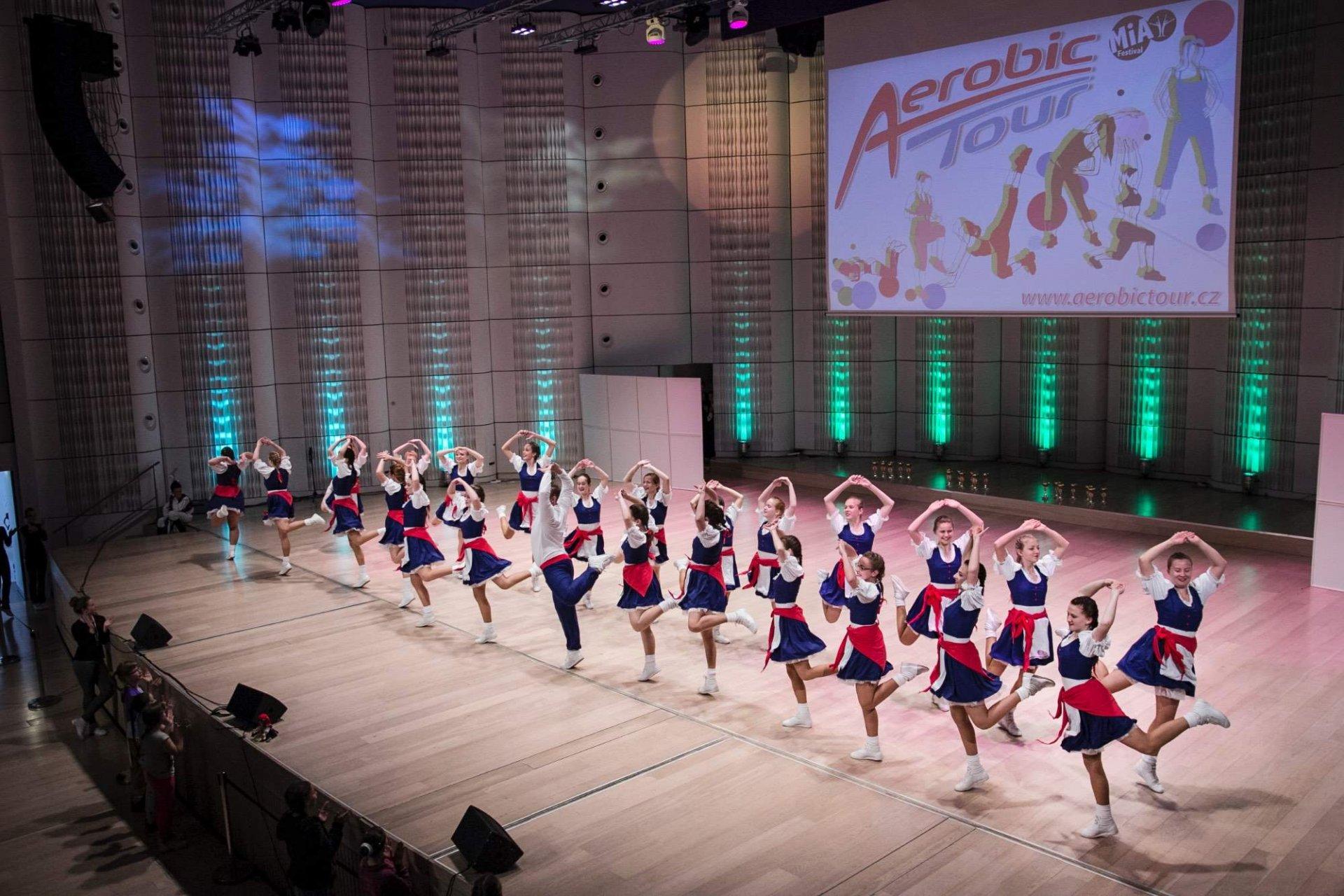 FINÁLE AEROBIC TOUR
