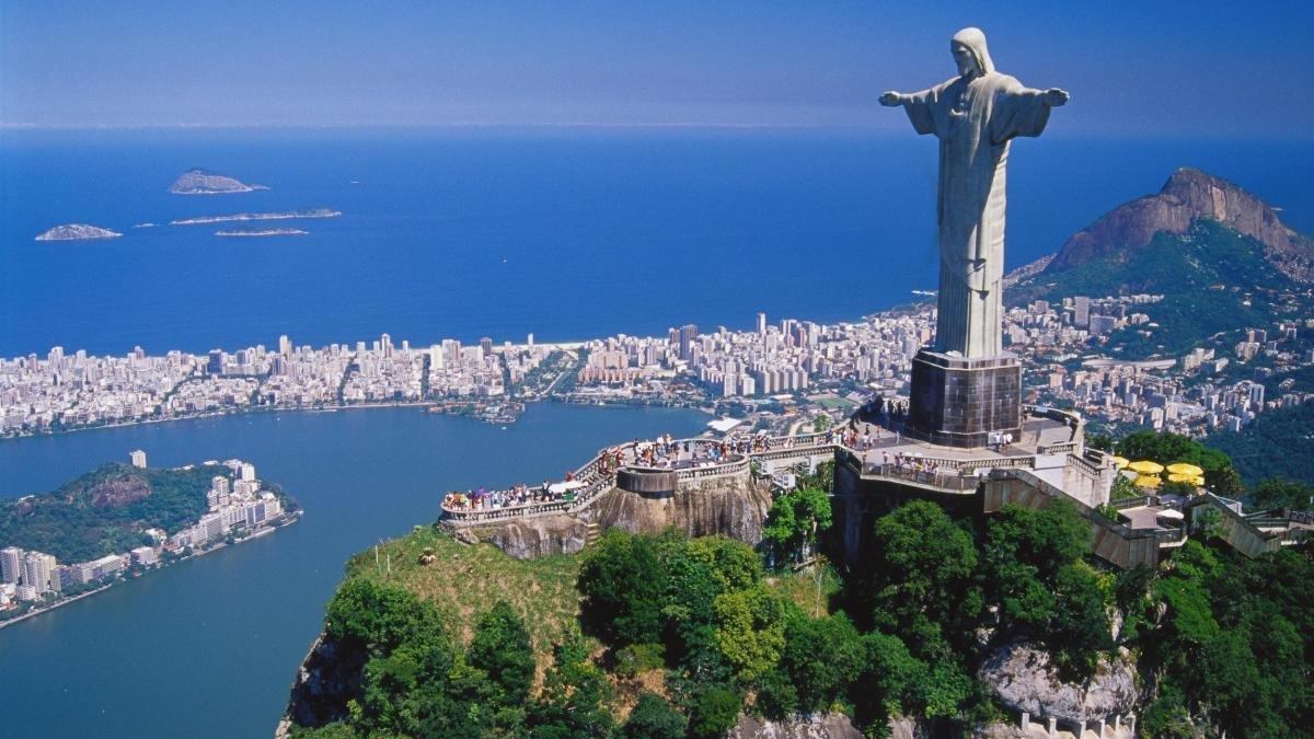 """Deváťáci """"navštívili"""" Brazílii"""