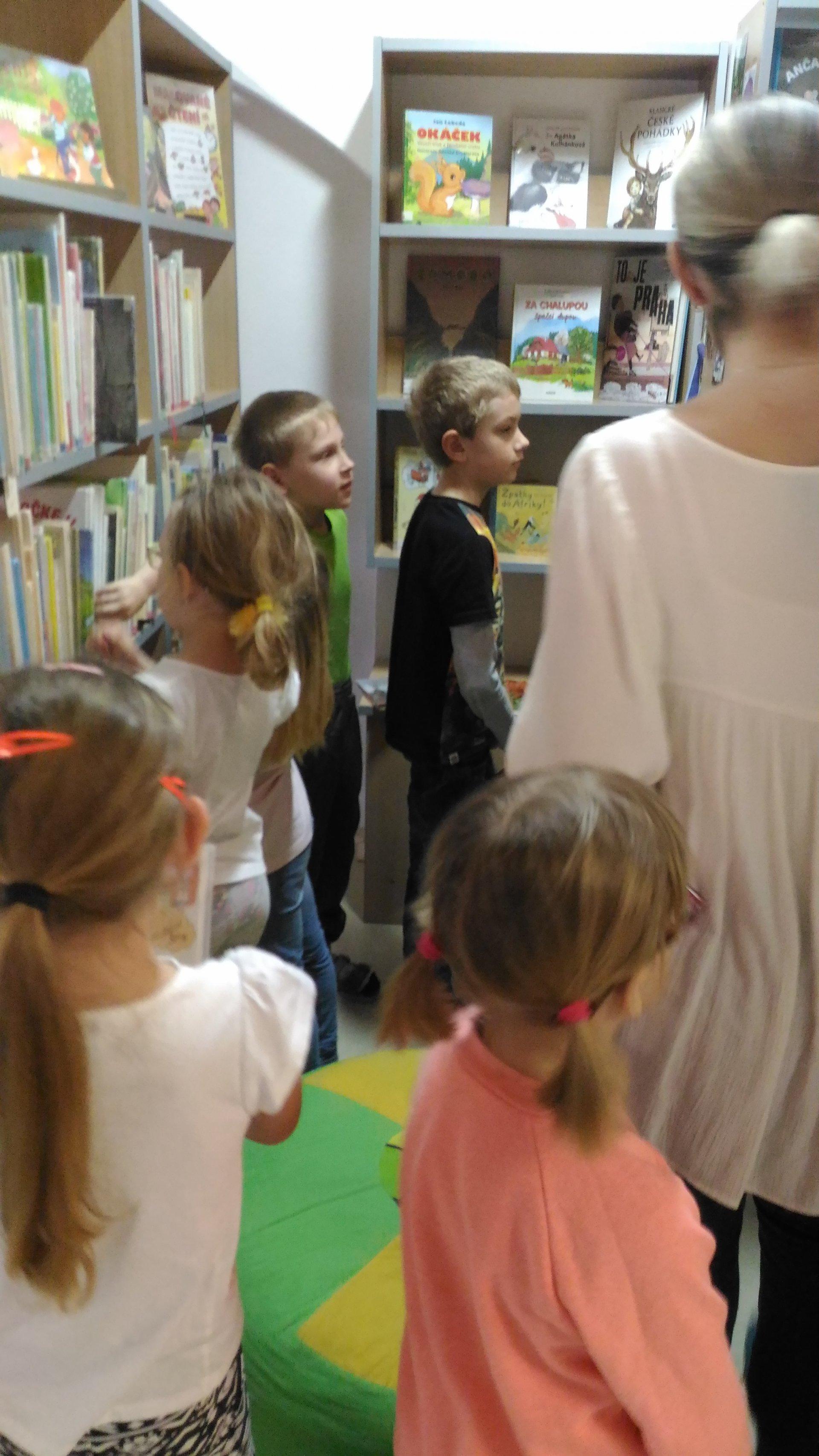 Beseda v knihovně