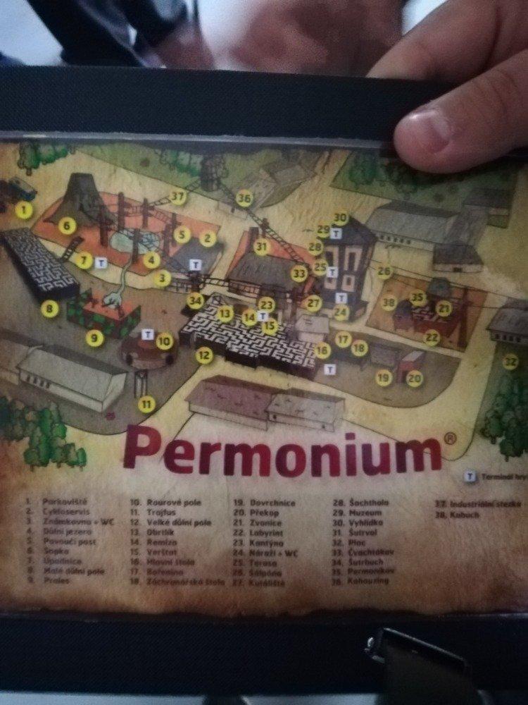 Školní výlet v Permoniu