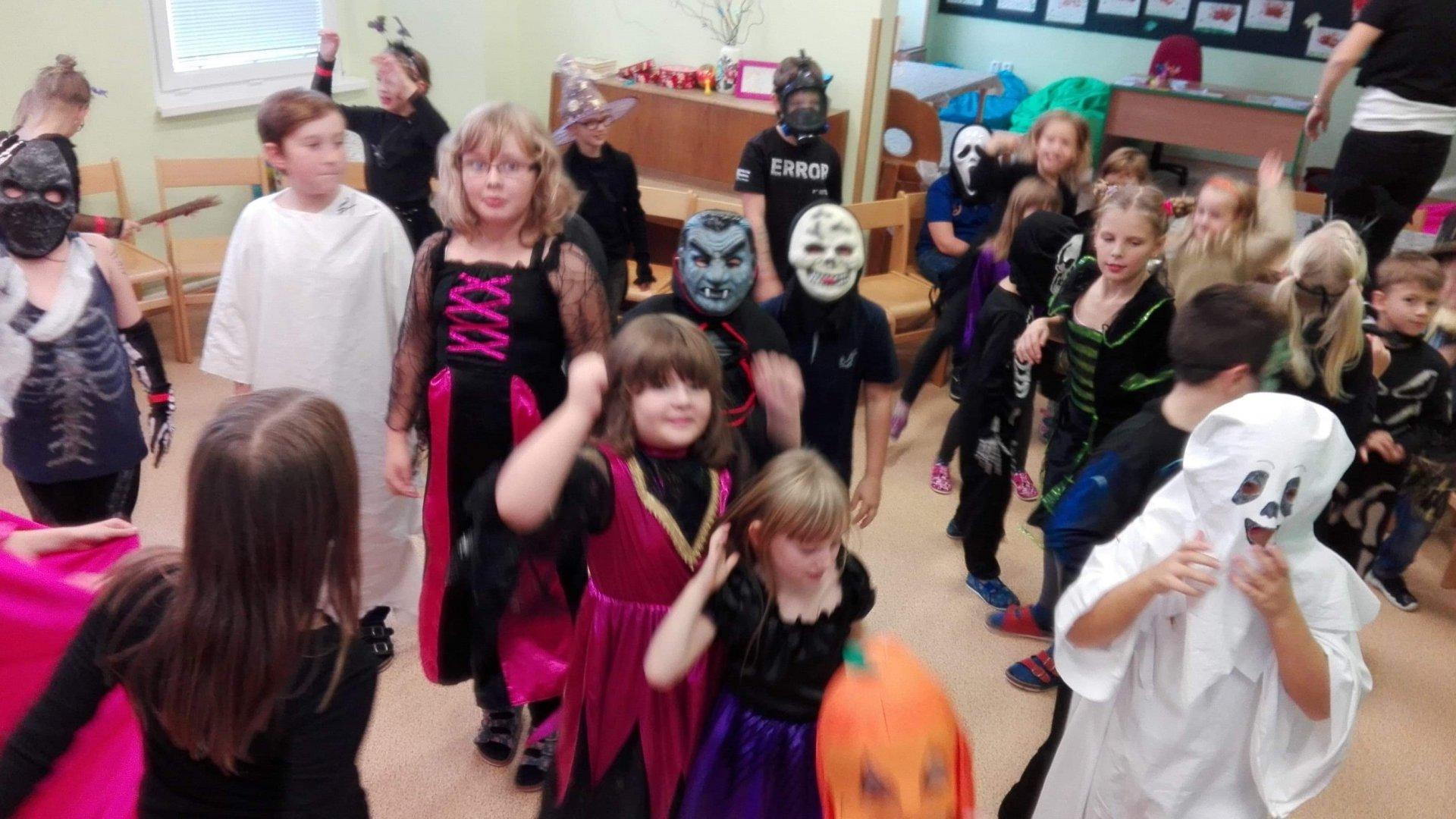 Halloweenská disco párty