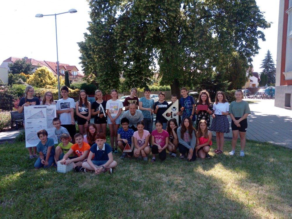 Úspěch šesťáků v Krajské matematické soutěži: Stupně vítězů unikly jen těsně